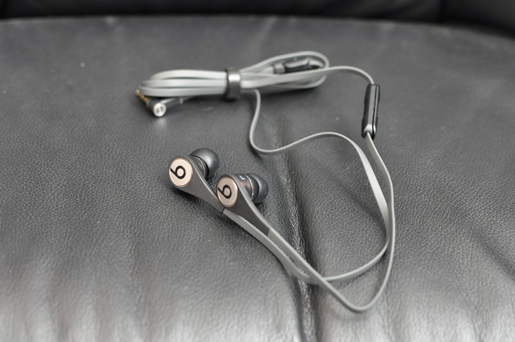 Beats by Dr.dre tour V2 Titanium (Part.Extra edition-2)
